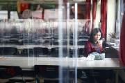 """""""다시 중국 가야 해?"""" 베트남·인도로 떠난 기업들이 고민에 빠진 까닭"""