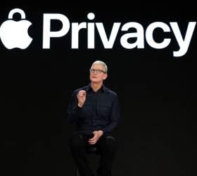 """'귀신같은 광고' 철퇴? """"사용자 데이터 넘보지마"""" <!HS>애플<!HE> 개인정보보호 더 힘준다"""