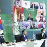 [<!HS>사설<!HE>] G7 참석하는 문재인 대통령의 과제
