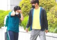 [포토] 이종혁, 강유미 챙기는 친절한 아저씨