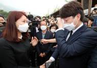 """천안함 유족 만나 눈물흘린 이준석 """"보수도 부족했다"""""""