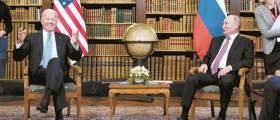 [사진] 바이든과 첫 회담, 지각대장 <!HS>푸틴<!HE> 15분 먼저 도착
