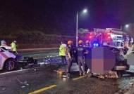 빗길 교통사고… 대학생 4명 숨지고 2명 중상
