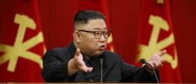 """北김정은, 식량난 이례적 인정했다···""""이 난국 헤쳐나갈 것"""""""