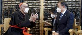 순방마다 카톨릭 소환...'디모테오'文의 숨은 코드 '교황 방북'