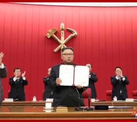 '특별명령서' 사인한 김정은, 군량미 풀어 식량난 해결하나