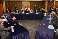 [사설] 북 비핵화 시동 건 한·미·일, 대화의 끈 이어가야