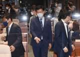 [사설] 경선 일정 집안싸움 민주당, 국민 보기 민망하다