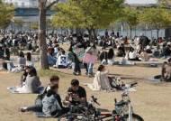 사람 많으면 야외 노마스크 안된다는데…한강 공원에선?
