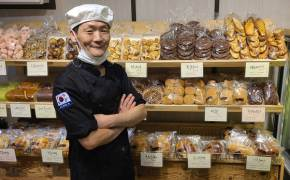 등굣길 공짜 빵 1년 줬다…월세 살아도 행복한 '빵식이 아재'