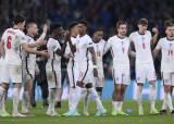 우승 실패한 잉글랜드 축구팬, SNS서 인종차별 테러