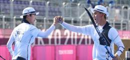 '양궁 남매' 김제덕·안산 도쿄올림픽 첫 한국 금메달