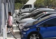 친환경 바람에 연 24%씩 '쑥쑥'…불 붙은 전기차 윤활유 시장