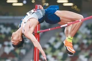 우상혁 높이뛰기 2m35, 한국 육상 새 희망이 솟았다