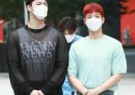 [포토] 문빈-MJ 사이로 시선집중 되는 라키