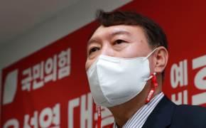 """검찰, 尹부인 김건희 수사 10개월째…""""결국 9월 野경선 영향"""""""