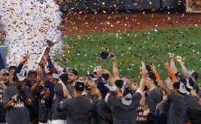 21세기 첫 우승 애틀랜타 vs 꼼수 없는 첫 우승 휴스턴