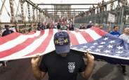 [이 시각] 경찰·공무원 거리 투쟁, 美 백신 의무화에 저항
