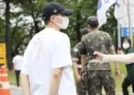 [포토] 박형식 '예비 헌병의 뒤태'