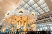 전통의 금박 공예를 재미있는 현대미술로