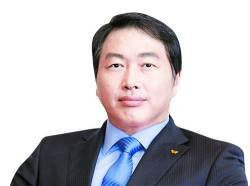 """""""20년간 도움받았다"""" … <!HS>최태원<!HE> SK회장 친족에 8900억 규모 지분 증여"""