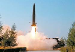 """미·일 """"북한 탄도미사일 쐈다""""…한국은 """"단거리 미사일"""""""