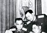 """마오쩌둥 """"<!HS>군<!HE> 개혁 시급하다""""…펑더화이 극비리 귀국 전령"""