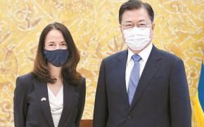 """""""미, 한국 백신 지원 최우선 의제로 논의"""""""
