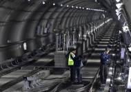 인천지하철 2호선 또다시 멈췄다…2시간 40분 전면 중단