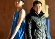 """'농구 신예' 삼일상고 이현중 """"자상한 아버지, 학교에선 엄격한 감독님이죠"""""""