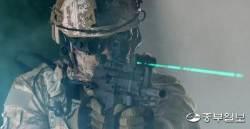 첨단군사장비 착용한 아크부대