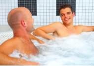 따뜻한 물로 목욕 자주 하면 염증 줄고 당대사 개선