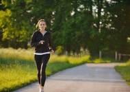 덜 앉아 있고 더 많이 걷을 수록 심혈관계 건강해져