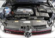 [사진]6세대 골프 GTI, 가솔린 직분사 터보차저 엔진 탑재