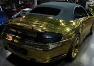 [사진]차량에 사용된 금만 20kg, 금장 포르쉐 등장