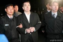 'BBK 사태' 김경준, 교도소 접견 통제…국가 상대 소송 승소