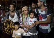시리아 난민 외면하는 이웃 중동국가들