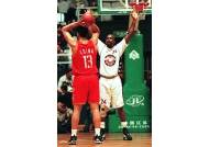 'NBA 전설 센터' 모제스 말론, 향년 60세로 별세