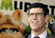 디즈니스튜디오 회장, 영화 흥행실패 후 사임