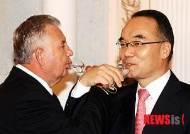 [종합]한·러, 시베리아 천연가스 개발·원자력 협력 강화