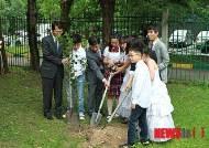 22년 역사 모스크바한국학교 이색졸업식..졸업생 기념식수