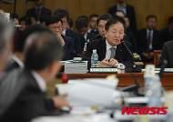 [2015국감] 답변하는 김주하 NH농협은행장