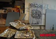 재미작가 윤경렬 '리사이클 아트' 주목…폐알루미늄 용기활용