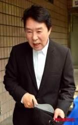 '부동산 사기 사건 무죄' 송대관 협박한 70대男 '집유'