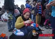 유럽 난민어린이 1만여명, 성매매·노예로 팔려나간다