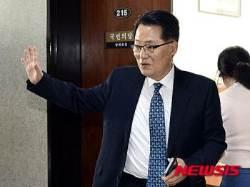"""박지원, 원내대표 합의추대론 수락…""""당내 분위기 모이면 짐 지겠다"""""""