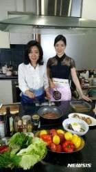 왕현, '전통 헬시푸드'로 '한식 미인'