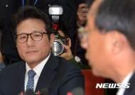 """정병국 """"문재인, 대권욕 사로잡혀 '무정부 상태' 주장"""""""