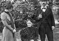 1900년도에 촬영된 마크 트웨인의 사진