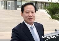 """연평해전 당시 합참의장 """"송영무 '셀프 훈장'? 말도 안되는 모함"""""""